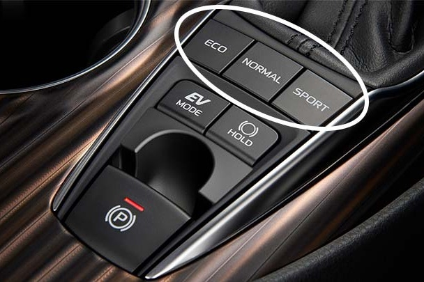 carlineup_camry_performance_11